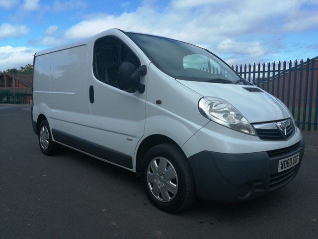 View our VAUXHALL COMMERCIAL VIVARO SWB
