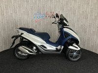 2012 PIAGGIO MP3 MP3 300 YOURBAN LT 300 THREE WHEEL SCOOTER 12M MOT 2012 12  £4190.00