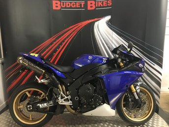 View our YAMAHA R1