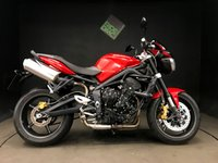 2011 TRIUMPH STREET TRIPLE R. 3477 MILES. 2011. 3 SERVICES. SCREEN. VERY TIDY BIKE  £4650.00