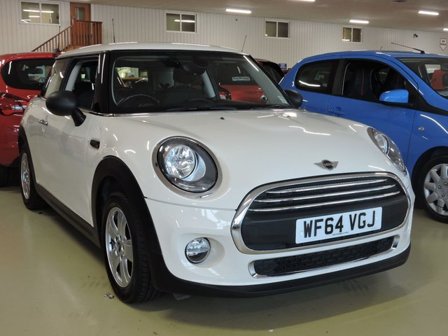 View our 2014 64 MINI HATCH ONE 1.5 ONE D 3d 94 BHP with Pepper Pack + 15in Alloys