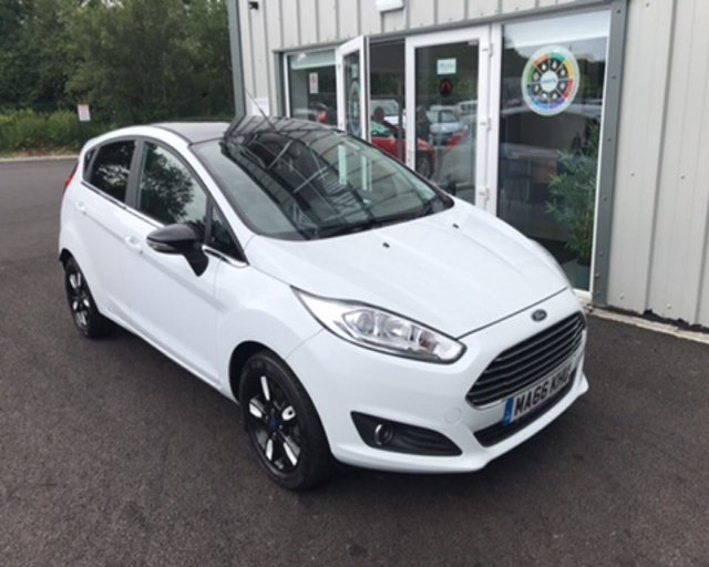 2016 66 FORD FIESTA 1.0 ZETEC WHITE EDITION AUTUMN ECOBOOST (100ps)