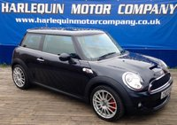 USED 2007 07 MINI HATCH COOPER 1.6 COOPER S 3d 172 BHP HERE WE HAVE THE ULTIMATE POCKET ROCKET 2007 MINI COOPER S IN METALLIC BLACK WITH CONTRASTING 1/2 BLACK LEATHER UPGRADED ALLOYS AIR CON WHITE ROOF JOHN COOPER WORKS DECALS MUST BE SEEN