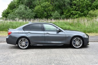 2015 BMW 3 SERIES 2.0 330I M SPORT 4d  £21990.00