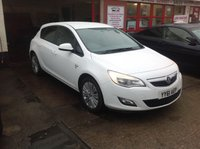 USED 2011 61 VAUXHALL ASTRA 1.4 EXCITE 5d 98 BHP 53000 miles, white, alloys, superb.