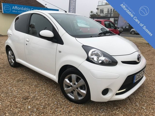2013 63 TOYOTA AYGO 1.0 VVT-I MOVE WITH STYLE 5d 68 BHP