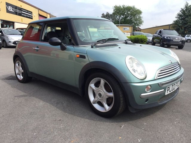 2002 02 MINI HATCH COOPER 1.6 COOPER 3d 114 BHP