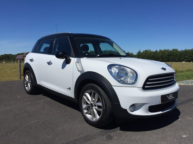 2010 60 MINI COUNTRYMAN 1.6 COOPER D ALL4 5d 112 BHP