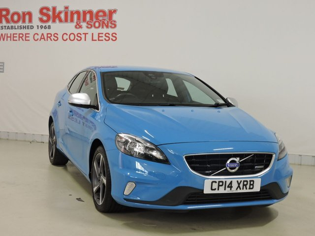 View our 2014 14 VOLVO V40 2.0 D4 R-DESIGN 5d 177 BHP