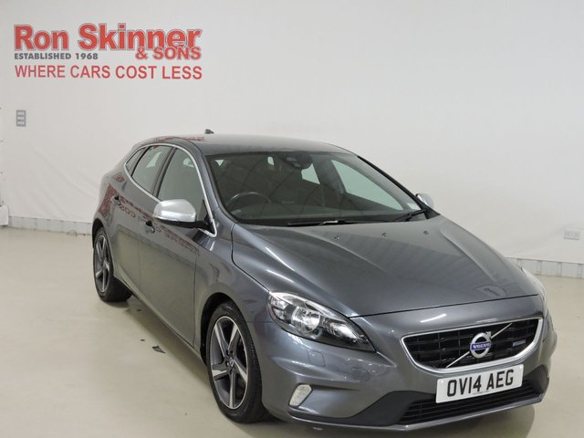 View our 2014 14 VOLVO V40 1.6 D2 R-DESIGN 5d 113 BHP