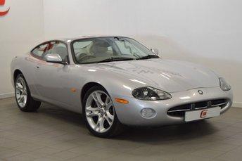 2003 JAGUAR XK8 4.2 COUPE 2d AUTO 292 BHP £8995.00
