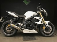 USED 2012 12 TRIUMPH STREET TRIPLE 2012. FSH. FULL ARROW SYSTEM. 1 OWNER. BELLY PAN.