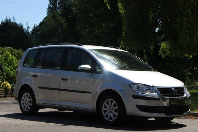 2010 10 VOLKSWAGEN TOURAN 1.9 S TDI 5d 103 BHP