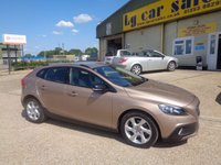 2014 VOLVO V40 1.6 D2 CROSS COUNTRY LUX 5d 113 BHP £9495.00