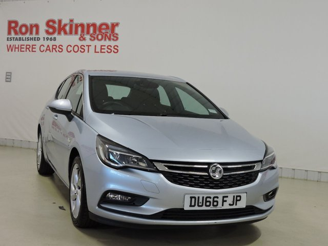 View our 2016 66 VAUXHALL ASTRA 1.4 SRI NAV 5d 148 BHP