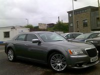 2013 CHRYSLER 300C 3.0 CRD EXECUTIVE 4d AUTO 236 BHP £12995.00
