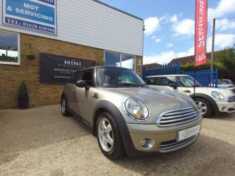 2010 MINI HATCH COOPER 1.6 COOPER 3d 118 BHP £5490.00