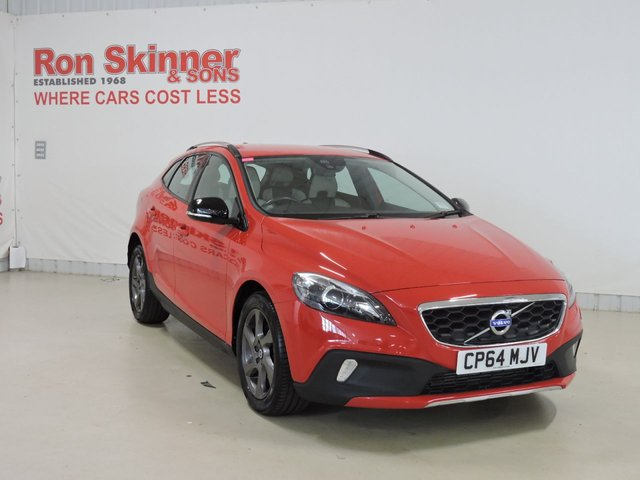 View our 2015 64 VOLVO V40 1.6 D2 CROSS COUNTRY LUX NAV 5d 113 BHP