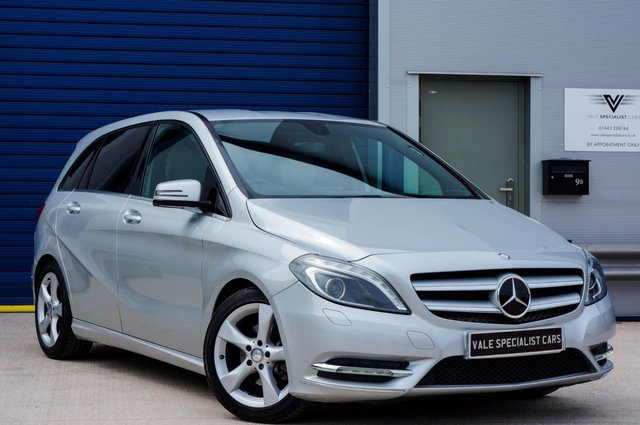 2012 62 MERCEDES-BENZ B CLASS 1.8 B200 CDI BLUEEFFICIENCY SPORT 5d AUTO