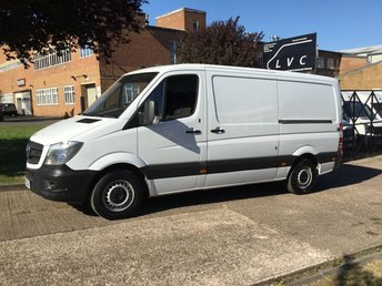 2015 MERCEDES-BENZ SPRINTER 2.1 313CDI MWB LOW ROOF 130BHP. AIR CON. PARK ASSIST. 1 OWNER £10990.00