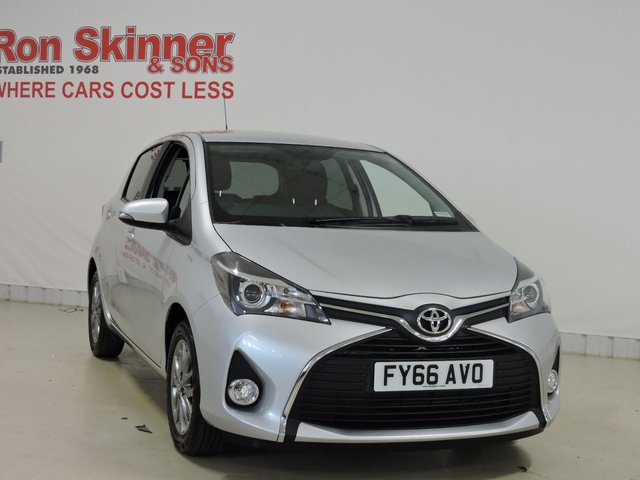 View our 2016 66 TOYOTA YARIS 1.3 VVT-I ICON 5d 99 BHP