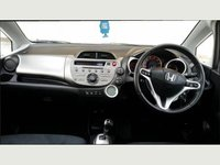 USED 2009 59 HONDA JAZZ 1.3 I-VTEC EX I-SHIFT 5d AUTO 98 BHP