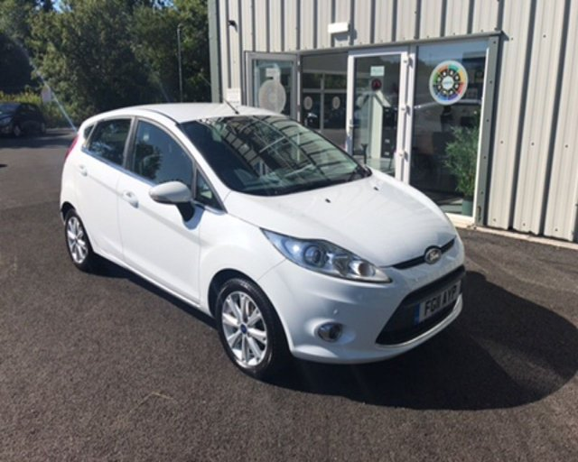 2011 11 FORD FIESTA 1.4 ZETEC AUTOMATIC