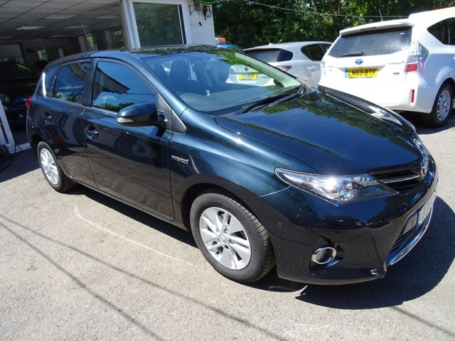 2013 13 TOYOTA AURIS 1.8 ICON VVT-I 5d SELF-CHARGING HYBRID AUTOMATIC 99 BHP