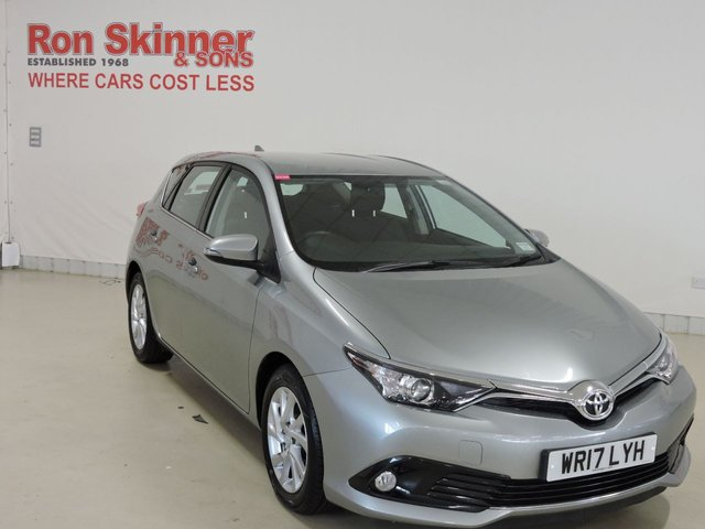 View our 2017 17 TOYOTA AURIS 1.6 D-4D ICON 5d 110 BHP