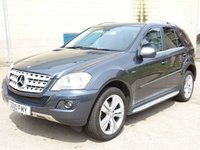 USED 2010 10 MERCEDES-BENZ M CLASS 3.0 ML350 CDI BLUEEFFICIENCY SPORT 5d AUTO 231 BHP FULL SERVICE RECORD (8 STAMPS) +  MOT APRIL 2019 +   LEATHER TRIM +  MEDIA CONNECTIVITY +  FRONT AND REAR PARKING SENSORS