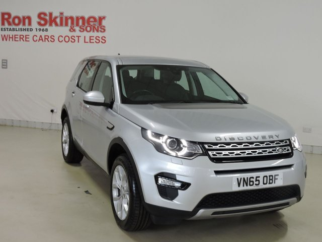 View our 2015 65 LAND ROVER DISCOVERY SPORT (02)    2.0 TD4 HSE 5d 180 BHP