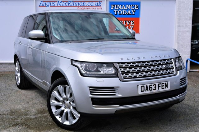 2014 63 LAND ROVER RANGE ROVER 3.0 TDV6 VOGUE Incredible High Specification 4x4 AUTO with Very Low Mileage