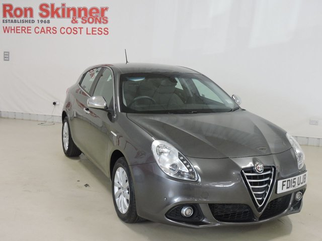 View our 2015 15 ALFA ROMEO GIULIETTA 1.6 JTDM-2 BUSINESS EDITION 5d 105 BHP