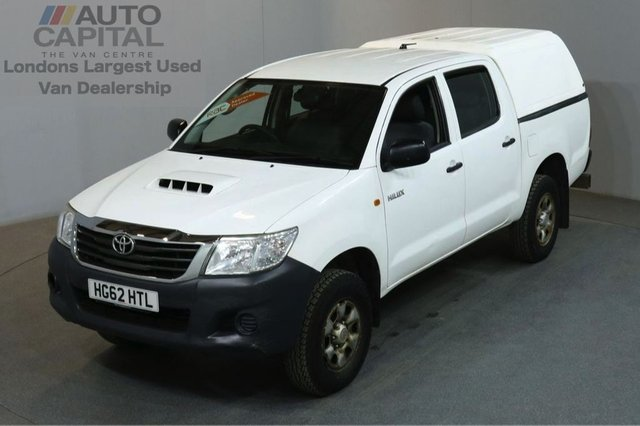 2012 62 TOYOTA HI-LUX 2.5 HL2 4X4 D-4D DCB 142 BHP AIR CON LIGHT UTILITY PICK UP ONE OWNER / AIR CONDITIONING