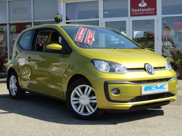2017 17 VOLKSWAGEN UP 1.0 HIGH UP 3d 74 BHP