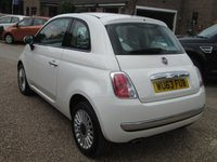 USED 2013 63 FIAT 500 1.2 LOUNGE 3d 69 BHP STEERING WHEEL MOUNTED PHONE CONTROLS