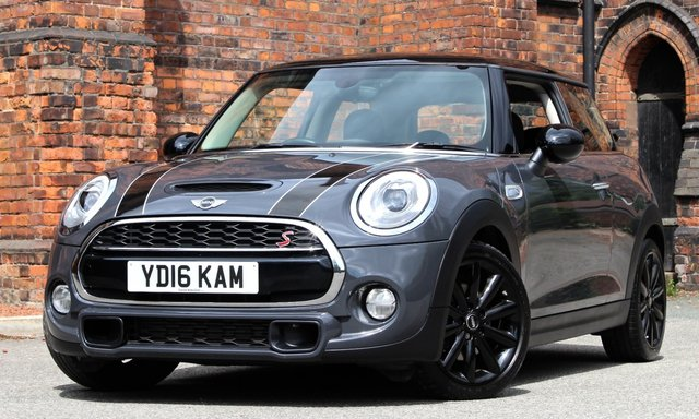 2016 16 MINI HATCH COOPER 2.0 COOPER SD 3d 168 BHP [ CHILI MEDIA XL ]