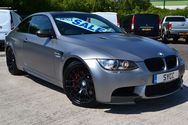 USED 2011 61 BMW M3 4.0 M3 2d AUTO 415 BHP *** COMPETITION PACK ~ BMW RACING SEATS *** HUGE SPEC ~ BMW RACING SEATS ~ COMPETITION PACK ~ CARBON PACK ~ PROFESSIONAL SAT NAV
