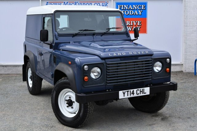 2014 14 LAND ROVER DEFENDER 90 2.2 TD 4x4 HARD TOP with Very Low Mileage