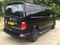 USED 2018 VOLKSWAGEN TRANSPORTER 2.0 T32 TDI KOMBI HIGHLINE BMT 1d AUTO 148 BHP AS NEW MASSIVE SAVING ON NEW PRICE, HIGH SPEC, 2018 MODEL