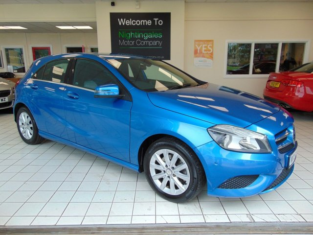 USED 2013 63 MERCEDES-BENZ A-CLASS 1.6 A180 BLUEEFFICIENCY SE 5d 122 BHP SAT NAVIGATION + BLUETOOTH + HALF LEATHER SEATS + FULL MOT + JUST SERVICED + ALLOYS + CRUISE CONTROL + CLIMATE CONTROL
