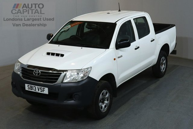 2013 13 TOYOTA HI-LUX 2.5 HL2 4X4 142 BHP AIR CON  ONE OWNER FROM NEW, FULL SERVICE HISTORY