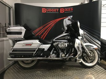 View our HARLEY-DAVIDSON TOURING