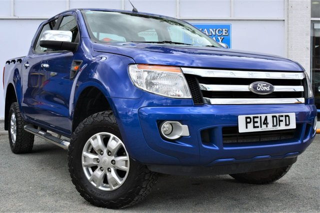 2014 14 FORD RANGER 2.2 XLT 4X4 TDCI Double Cab Pickup with Towbar and Load Liner