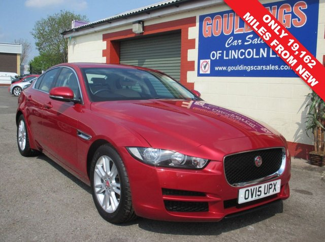 USED 2015 15 JAGUAR XE 2.0i PETROL PRESTIGE 4d AUTO 197 BHP  JAGUAR SERVICE HISTORY - 1 OWNER FROM NEW