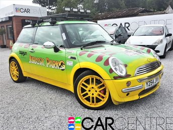 View our 2001 MINI HATCH COOPER 1.6 COOPER 3d 114 BHP