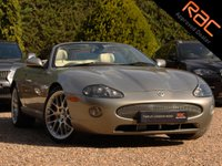 USED 2005 05 JAGUAR XKR 4.2 XKR CONVERTIBLE 2d AUTO 400 BHP