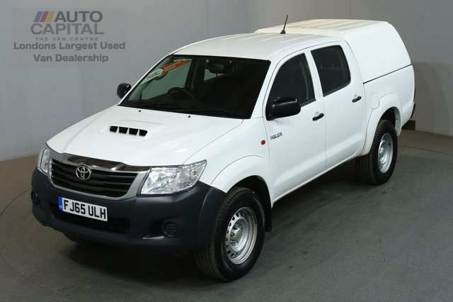 2015 65 TOYOTA HI-LUX 2.5 ACTIVE 4X4 D-4D DCB 4d 142 BHP MWB AIR CON PICK UP AIR CONDITIONING / SPARE KEYS