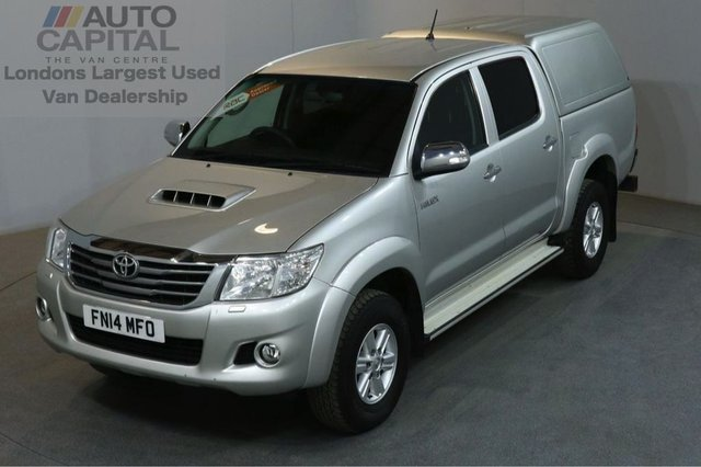 2014 14 TOYOTA HI-LUX 2.5 ICON 4X4 D-4D DCB 4d 142 BHP AIR CON DIESEL MANUAL PICK UP ONE OWNER FULL S/H SPARE KEY