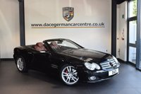 USED 2007 07 MERCEDES-BENZ SL 3.5 SL350 2d 272 BHP +  FULL RED LEATHER INTERIOR + FULL SERVICE HISTORY + SATELLITE NAVIGATION + BLUETOOTH KIT + HEATED SPORT SEATS + XENON LIGHTS + CRUISE CONTROL + PARKING SENSORS + 18 INCH ALLOY WHEELS +